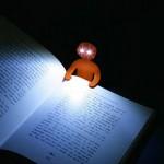 ライトマンで手元に灯りを♪私の欲しいLEDブックライト